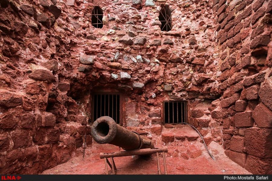 Portuguese castle Hormoz Island