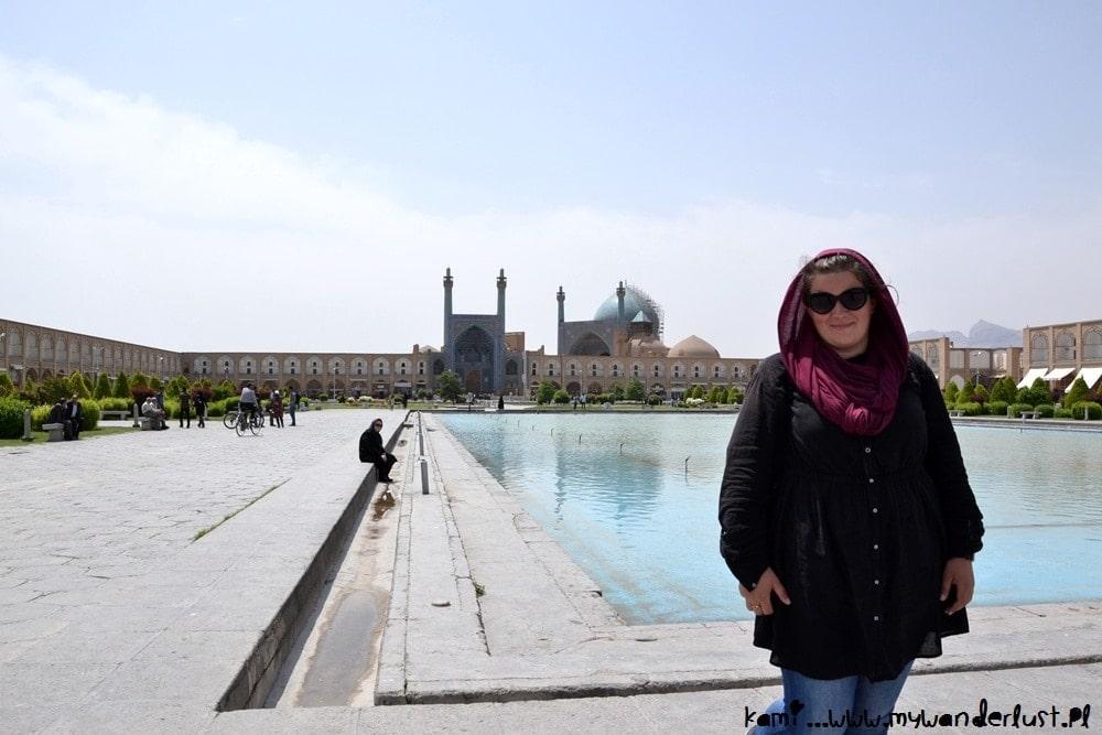 Solo female traveler to Iran
