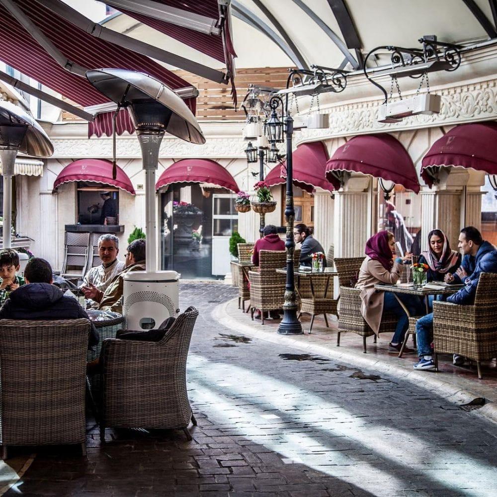 Top Cafés in Tehran: Vicolo