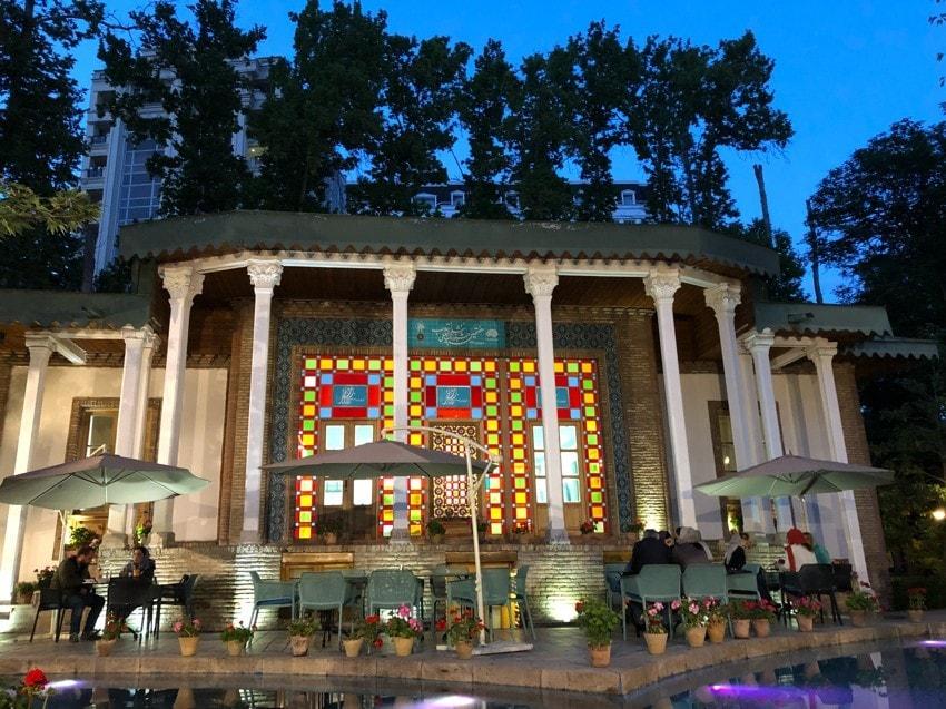 Famous Tehran Restaurants and Cafés: Shemroon Café
