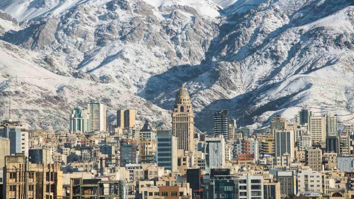 Tehran Province: An Aperture to the Modern Iran
